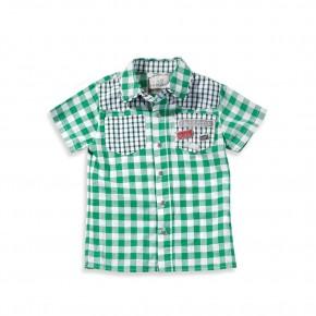 Рубашка с короткими рукавами.